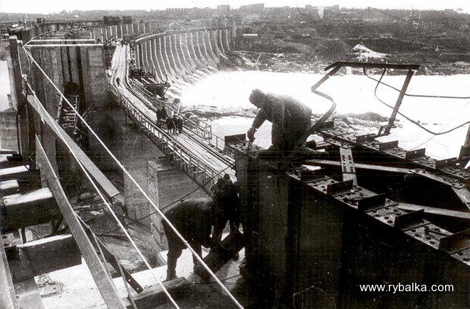 Список построенных при Сталине заводов-2